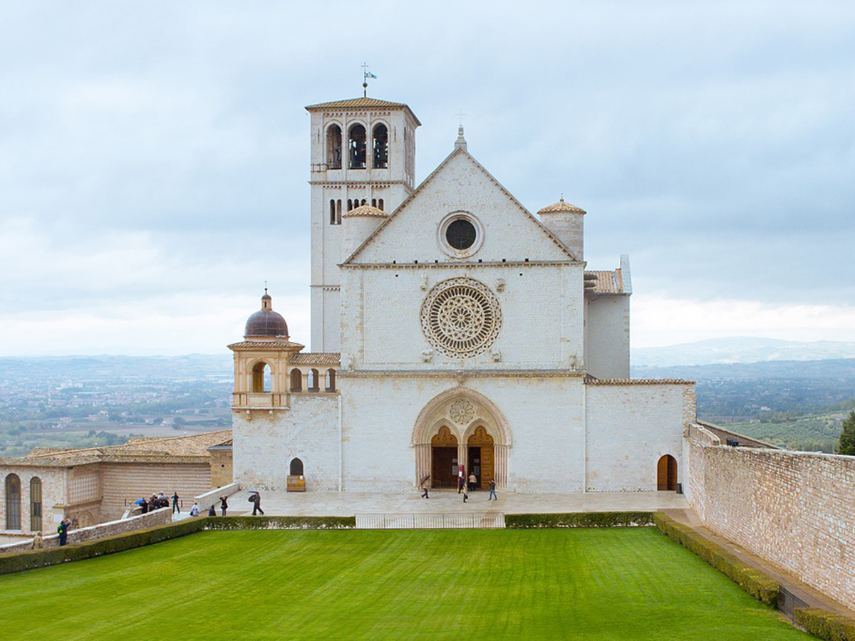 Ore 10.30 Arrivo ad Assisi e Tour Guidato
