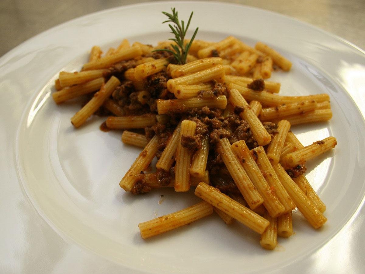 Ore 13.00 - Pranzo & Degustazione in Enoteca a Bolgheri