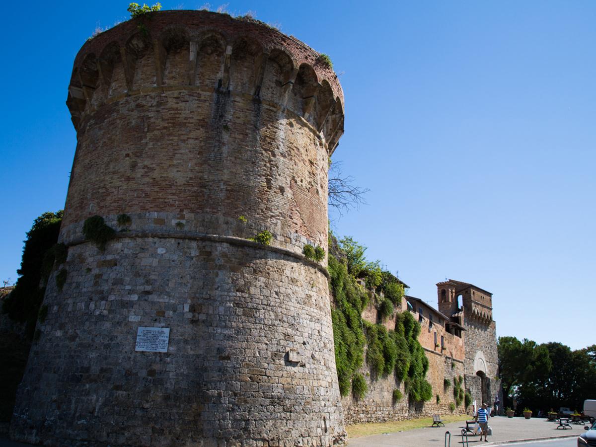Ore 15.30 - Arrivo a San Gimignano & Visita