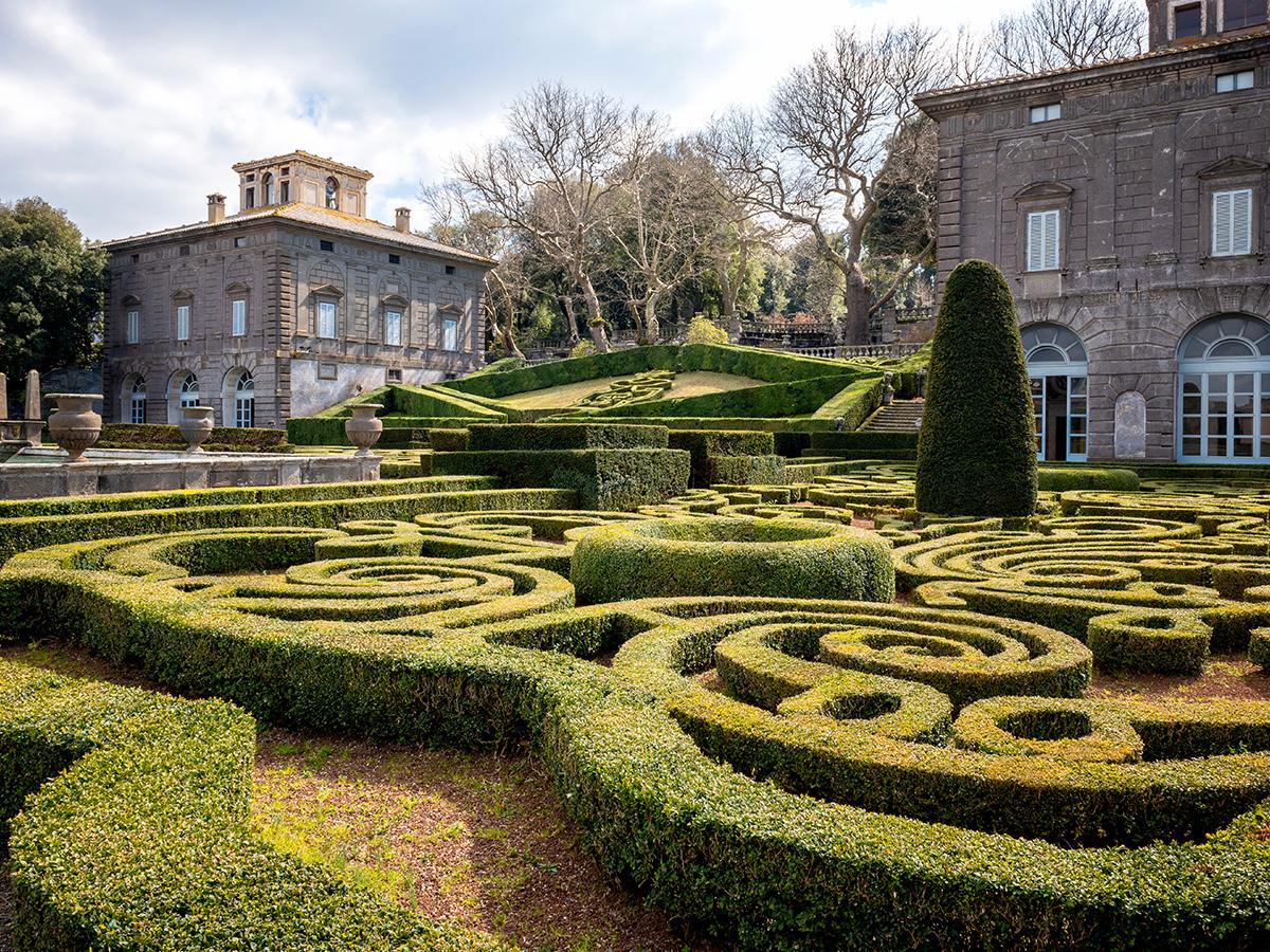 Giorno 2 - Visita del Parco dei Mostri e Villa Lante & Degustazione Vino