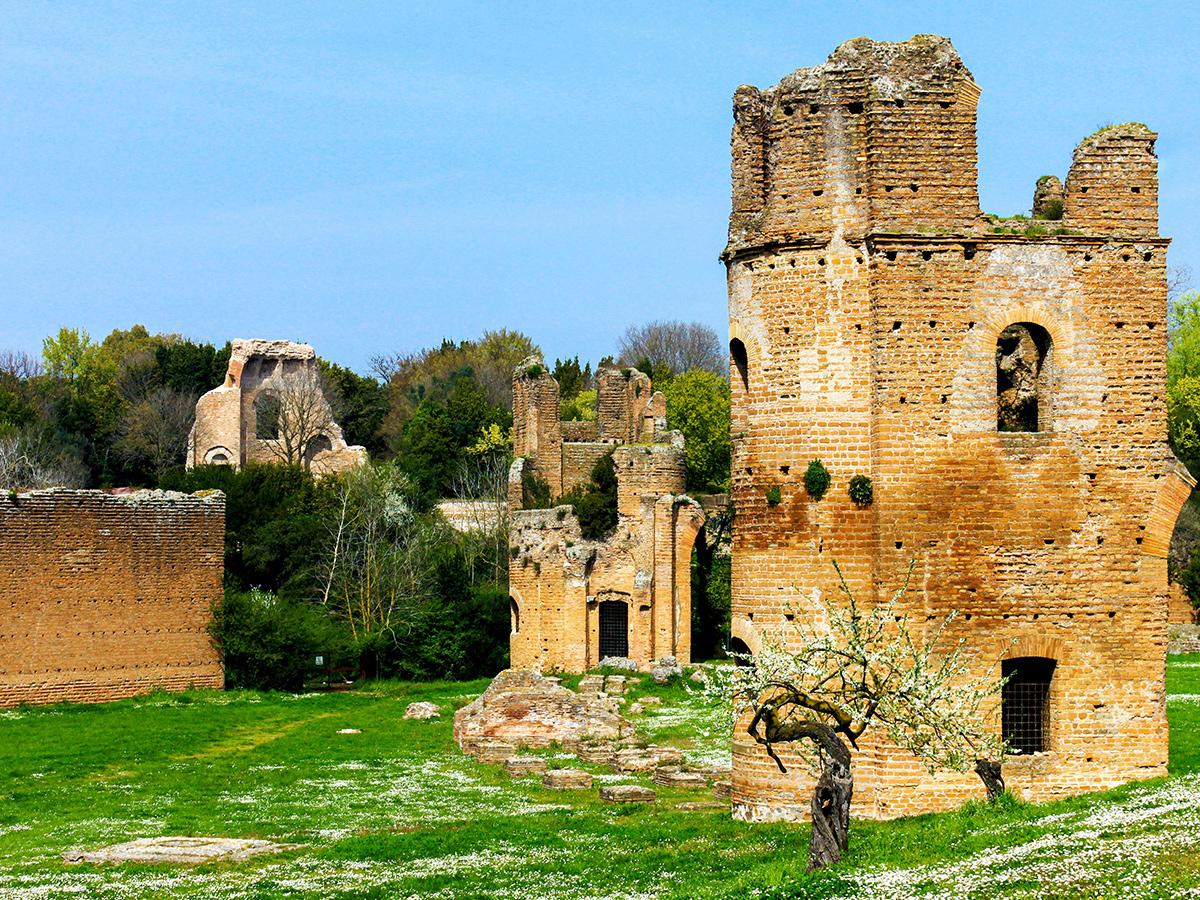 Ore 09.20 - Villa Massenzio e Mausoleo di Romolo