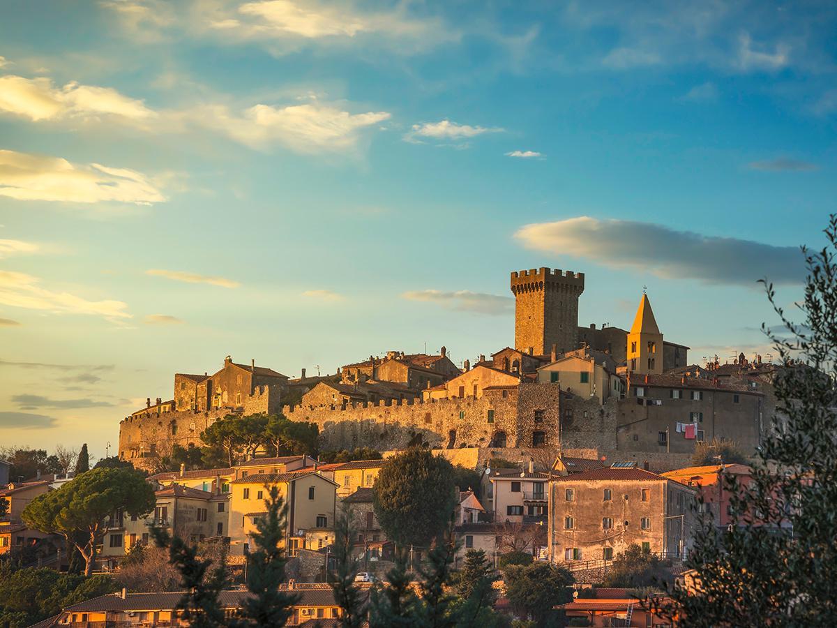 Ore 12.30 Arrivo a Capalbio, pranzo e visita