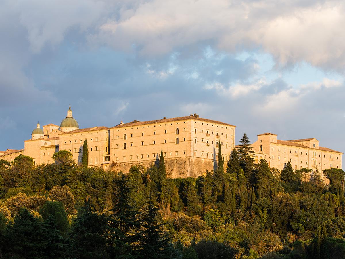 Ore 10:00 Tour Guidato dell'abbazia di Montecassino