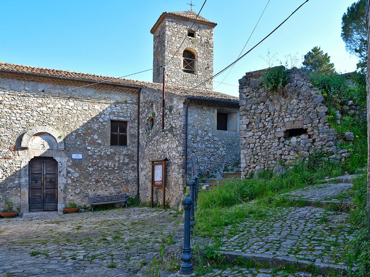 Ore 14:00 Borgo di Pico