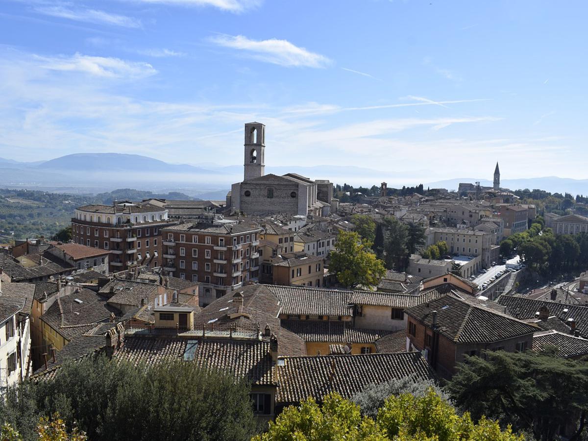 Giorno 2 -  Visita Perugia e Degustazione Vini Umbri ( Opzionale )