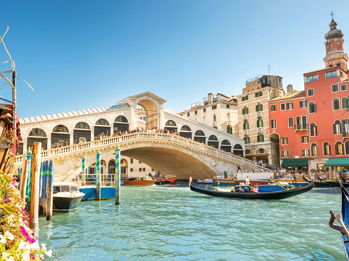 Ore 11.00 Tour Guidato di Venezia & Pranzo