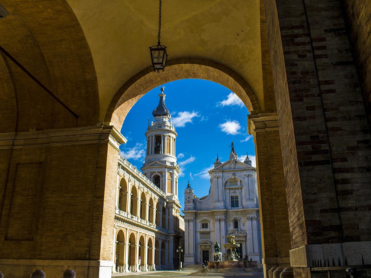 Giorno 6 - Giovedì - Visita guidata di Loreto e Recanati