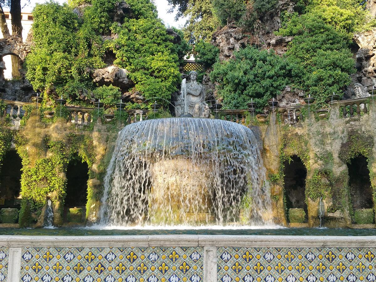 Giorno 2 - Domenica - Visita Guidata delle Ville di Tivoli