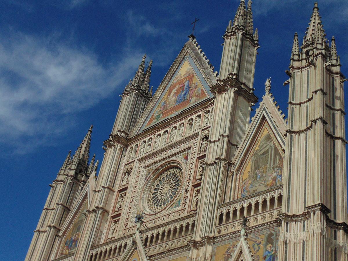 Giorno 8 - Sabato - Check out e trasferimento a Firenze con stop a Orvieto