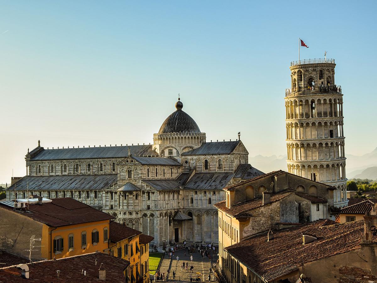 Ore 8.00 Partenza da Pisa