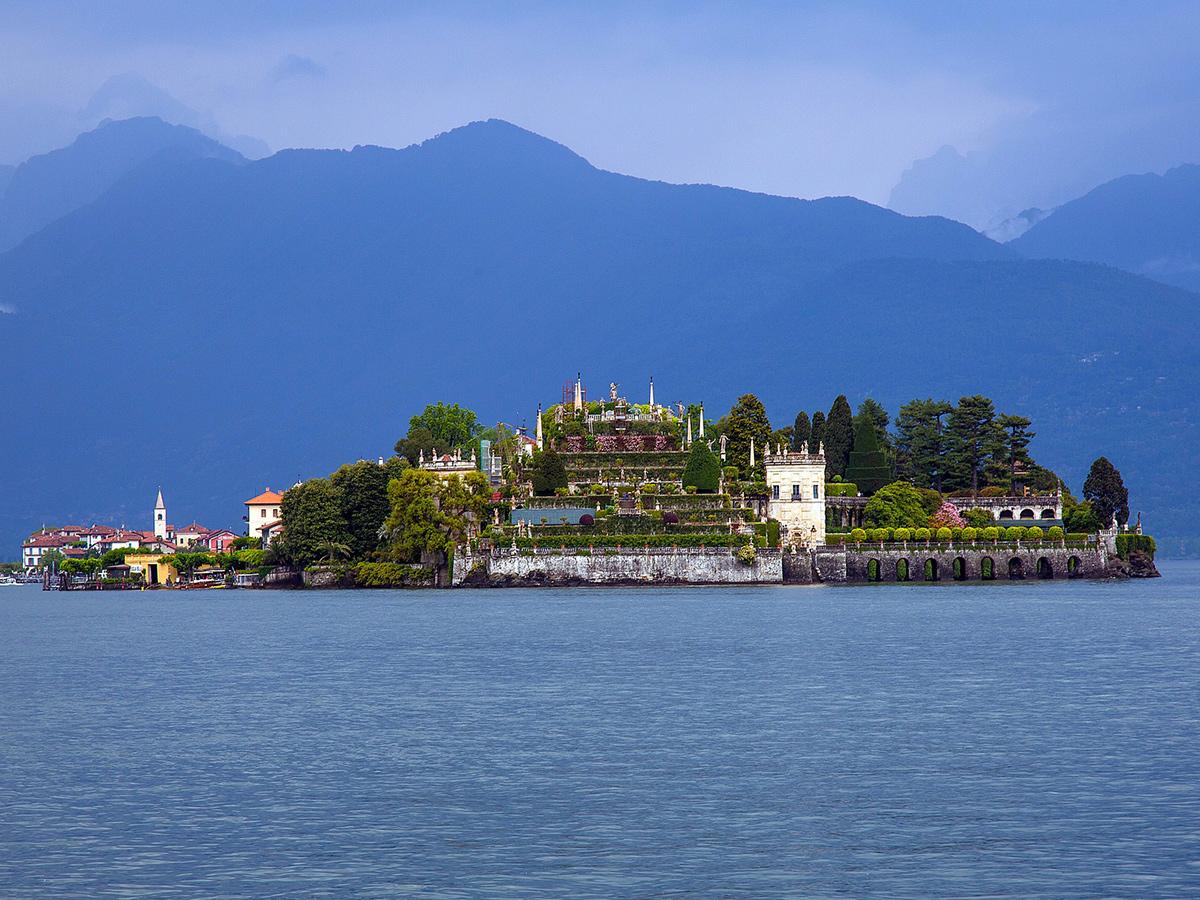 Giorno 3 Check out, Tour di Orta San Giulio e dell' Isola di S. Giulio e rientro in Toscana